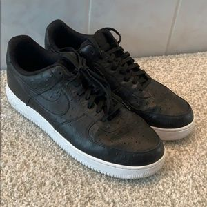 Men' s Black Ostrich Leather Air Force One Low/8.5